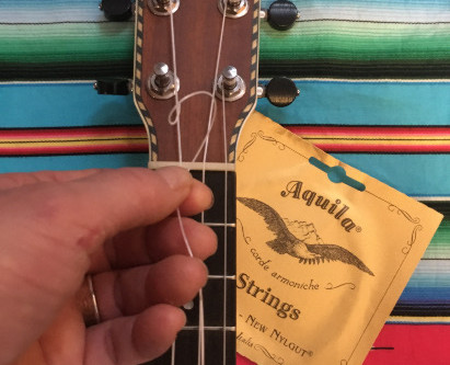 How to change the strings on your ukulele
