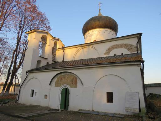 Собор Мирожского монастыря нуждается в реставрации