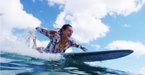 21歳で2度のワールドタイトルを獲得したホノルア・ブルームフィールドの最新サーフィン映像
