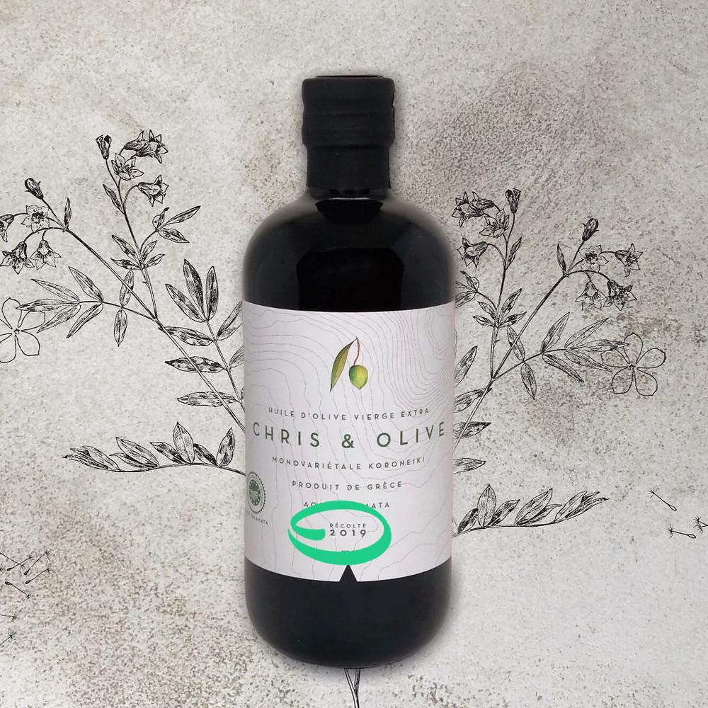Bouteille d'huile d'olive avec indication de l'année de récolte