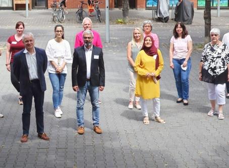 """Stark durch Gegenseitigkeit: Modellprojekt """"Selbsthilfe im Vor- und Umfeld von Pflege"""" gestartet"""
