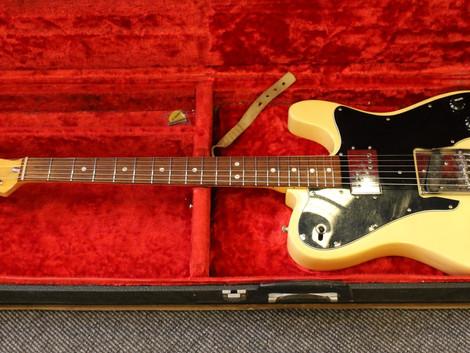 Nu har vi fått in en urcool 1978 Fender Telecaster Custom i Olympic White, 27999:-