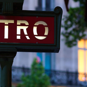 How to transfer between train stations across Paris