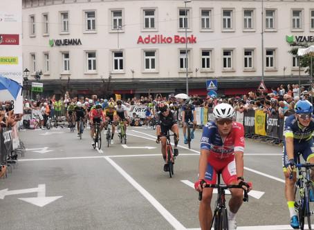 Auer 1km vorm Ziel eingeholt, Götzinger sprintet auf Platz 8
