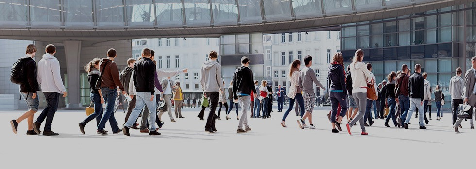 crossing street crosswalk crowds overseas foreign country