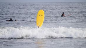 88サーフボードのフィンレスサーフィン動画