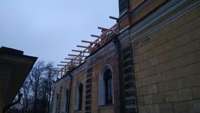 Ремонт крыши над часовней