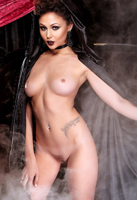 Nude Gothic Babes