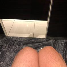 覗かれまくりトイレ⁉️ 業界初の試み❗️恥ずかしくて用も足せないシステム導入