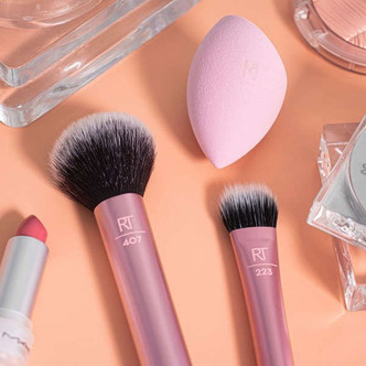 Take your makeup look to the next level with Real Techniques face brushes.