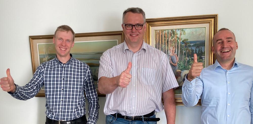 Tapion Mikko Lumperoinen ja Olli Äijälä sekä Simosolin Antti Mäkinen.