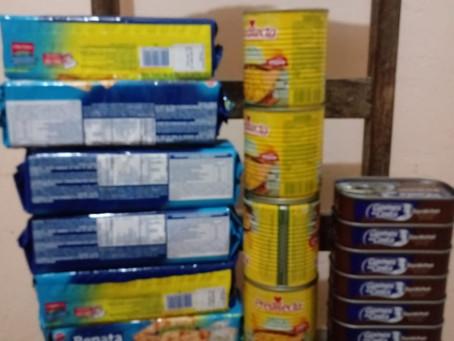 Doações de Ana Lúcia(Tuquinha) para as 55 famílias na cidade de Almenara, vale do Jequitinhonha-MG.