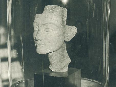Нефертити в Эрмитаже. 1958 г.