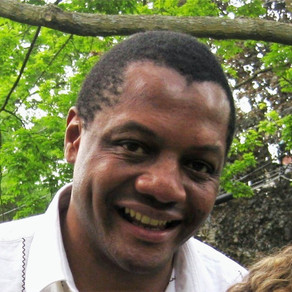 Zimbabwean journalist Hopewell Chin'ono arrested after exposing government corruption