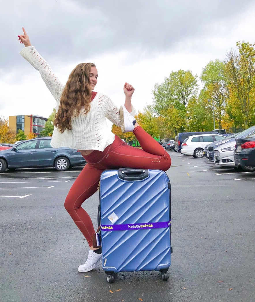 Airport-Lounge-Holiday-Extras-Parkplatz