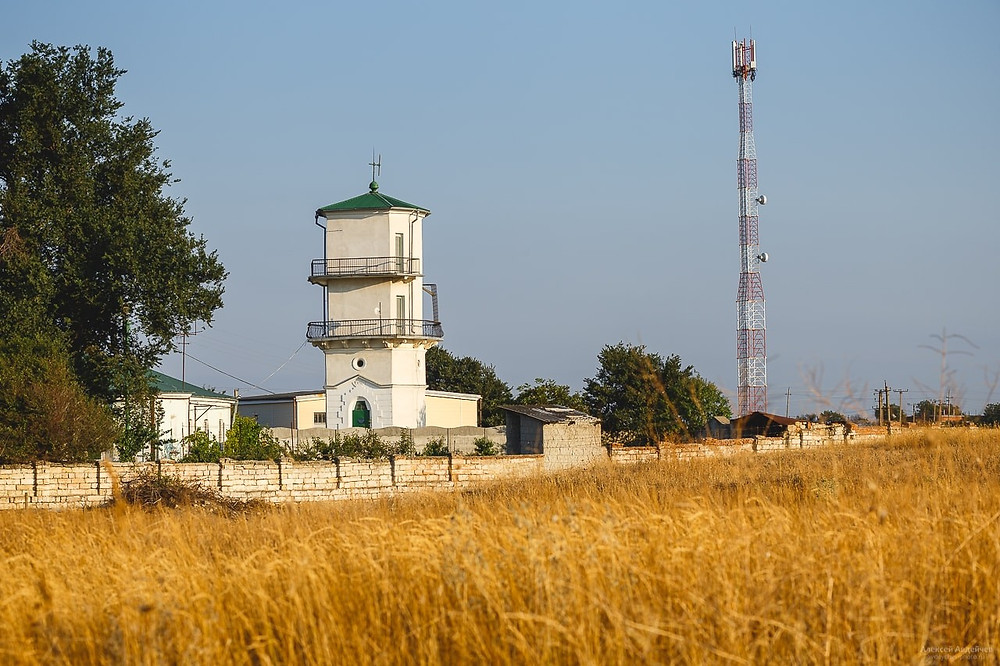 """Burunsky"" Front Lighthouse"