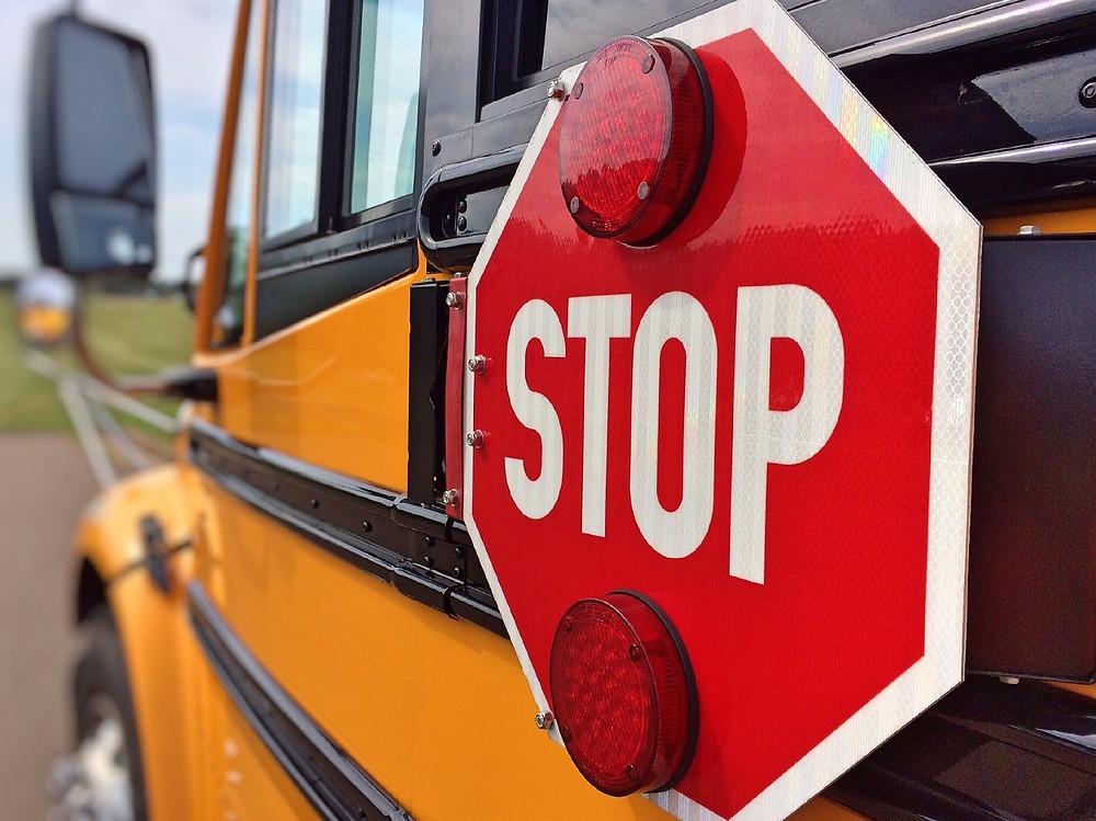 School bus スクールバス