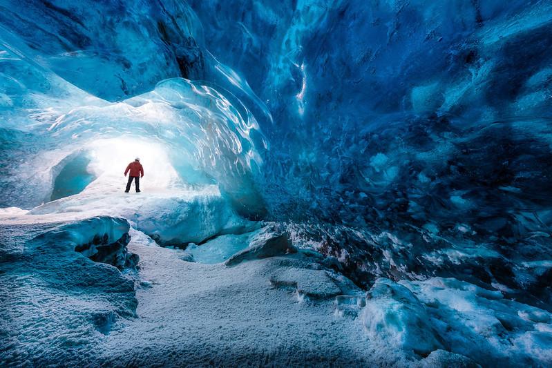 homme Cavernes de glace Islande