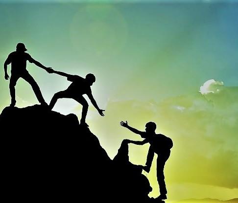 Da li i kada nudite pomoć svojim rukovodiocima? Različiti rukovodici, različita očekivanja.
