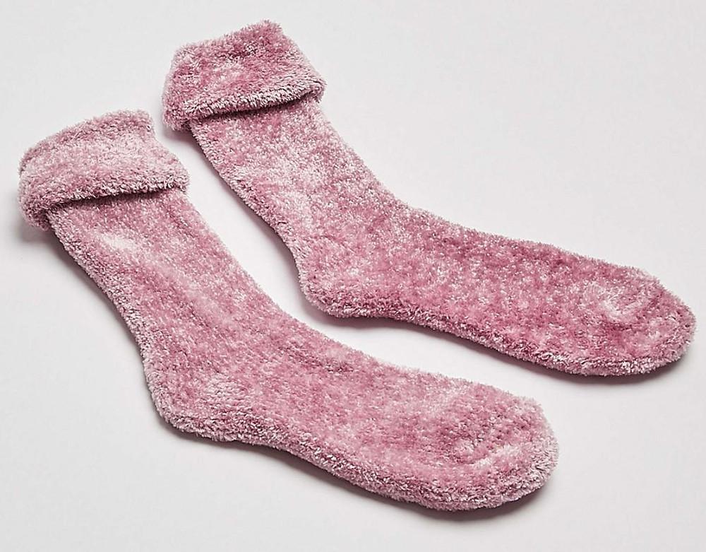 The Lifestyle Guide, Oliver Bonus, Fluffy Socks