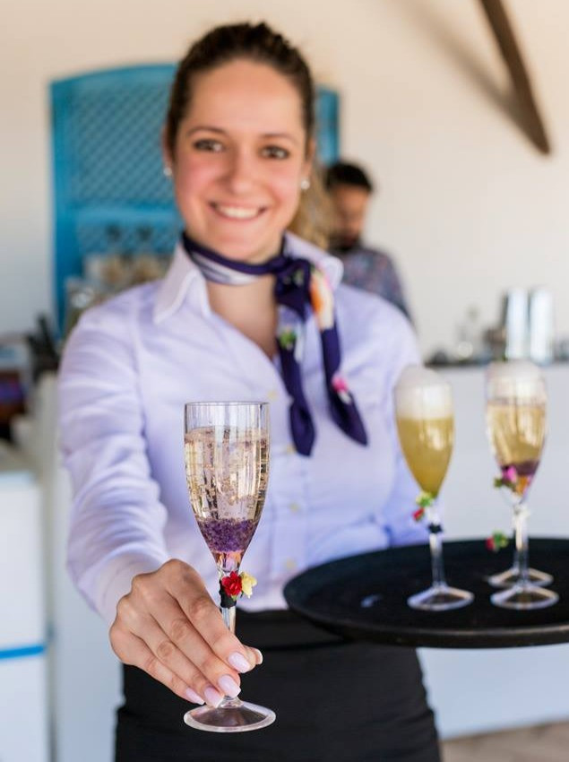 Hire a Welcome drink service for your party, wedding or event