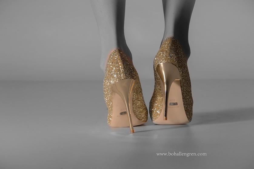 In studio capturing high heels