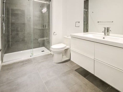 Installation porte de douche à Québec