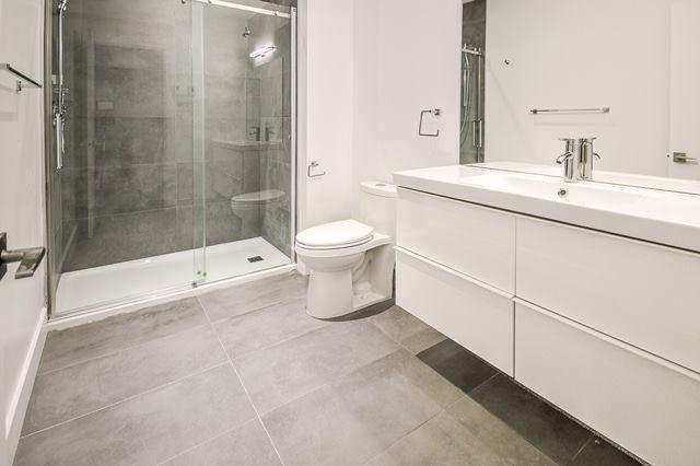 Installation porte de douche à Québec 1