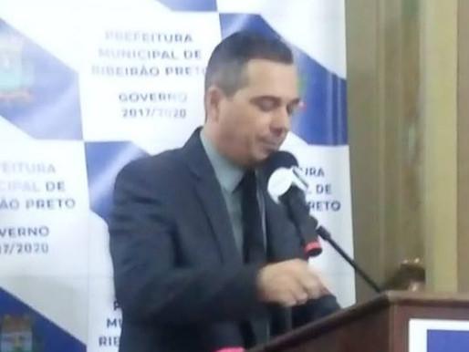 Presidente agradece - Em discurso, o presidente da FEAPAN Sr. Fabiano Paiva, agradece a confiança da