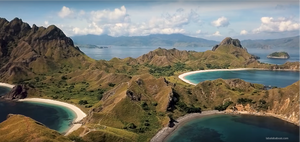 Komodo island tour to Padar island. Komodo dragon tour to Rinca island. Laba Laba Boat tour to komodo.