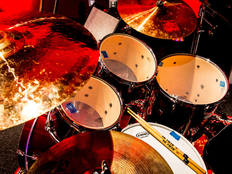 The secrets to recording drums with only a few microphones
