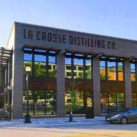DOWNTOWN DISTILLING CO. BRINGS FARMER FLAVOR & FOCUS TO THE CITY
