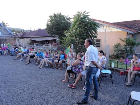 Alunos e familiares participam do encerramento das atividades
