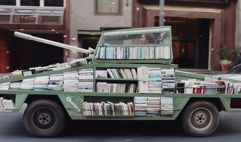 Artist Creates Tank-Shaped Bookmobile to Promote Reading