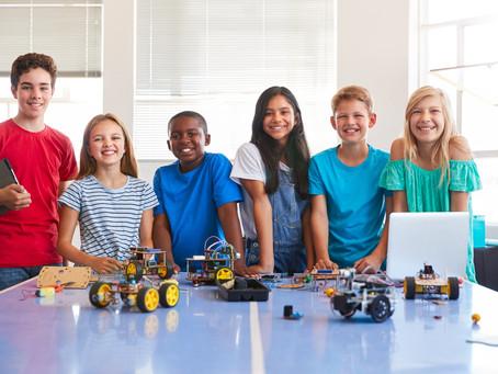Programação, robótica e simulações: como podem aparecer nas aulas?