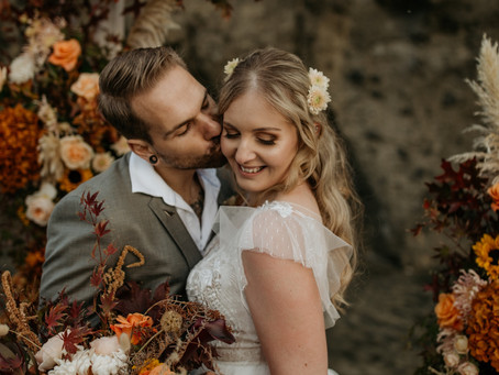 Fall Florals Beach Elopement | Chelsea + Josh