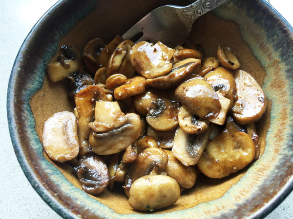 These mushrooms are delicious.