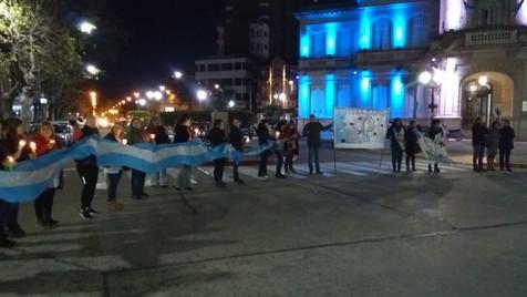 Galería de fotos de la Marcha de Antorchas en Campana