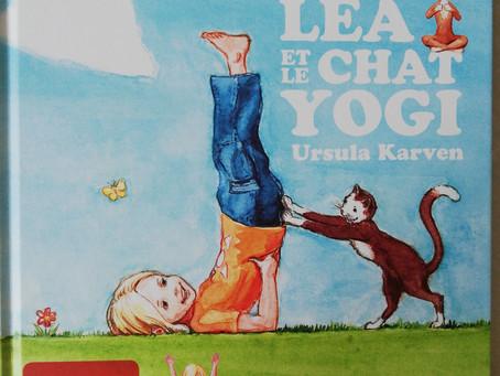 8. Léa et le chat yogi.