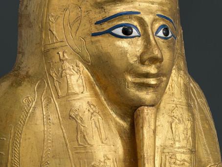 Музей Метрополитен вернет Египту золоченый саркофаг