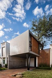 Casa YY Cubo Rojo Arquitectura