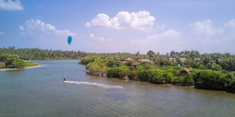 Kitesurfing July Sri Lanka in Kappalady Lagoon