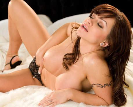 Kamila Sulewska Nude
