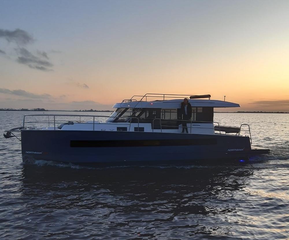 Northman 1200 motorjacht verhuur Friesland