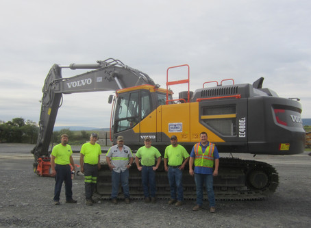 Customers Find Their Ex-Factor with an EC480E