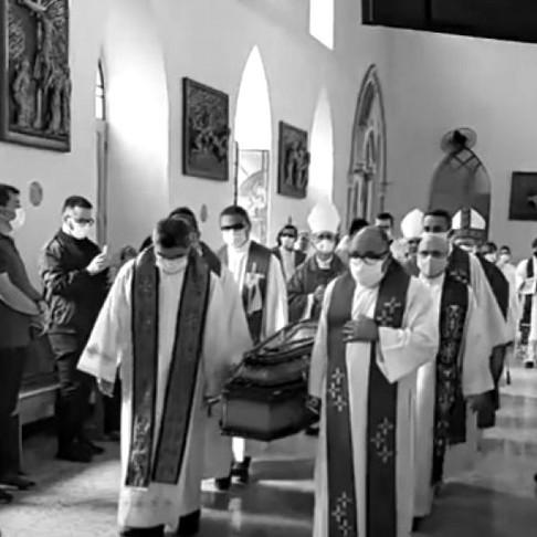 Dom Mário é sepultado na Catedral de Propriá