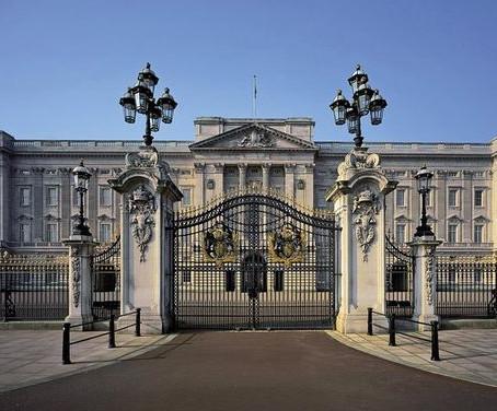 Virtual Tour of Buckingham Palace