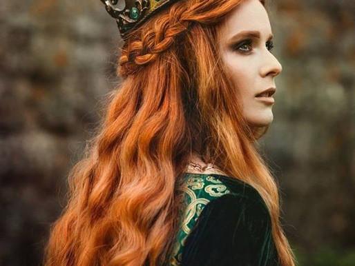 Wear your crown - Sun sextile North Node of destiny