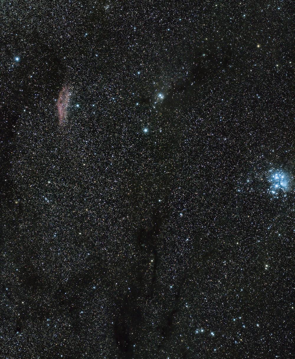 M45 et la nébuleuse de la Californie à l'APN non modifié