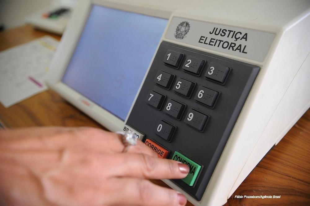 Peritos da PF afirmam que problemas não comprometem sigilo do voto